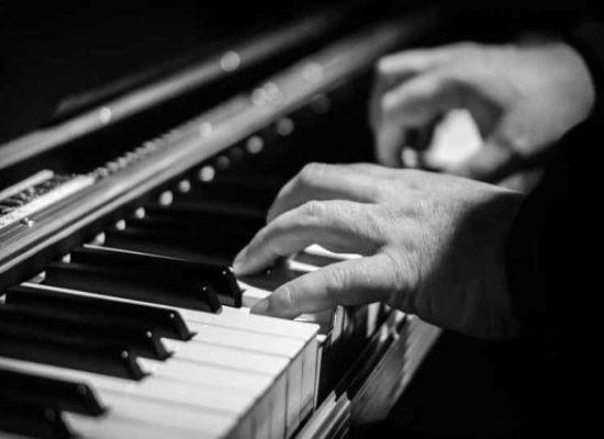 foto-pianoforte-www-imagesplitter-net